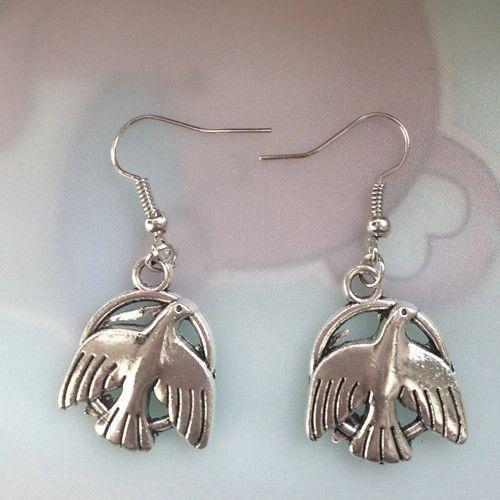 Cute Pair of Birds Dangle Earrings (Pierced)
