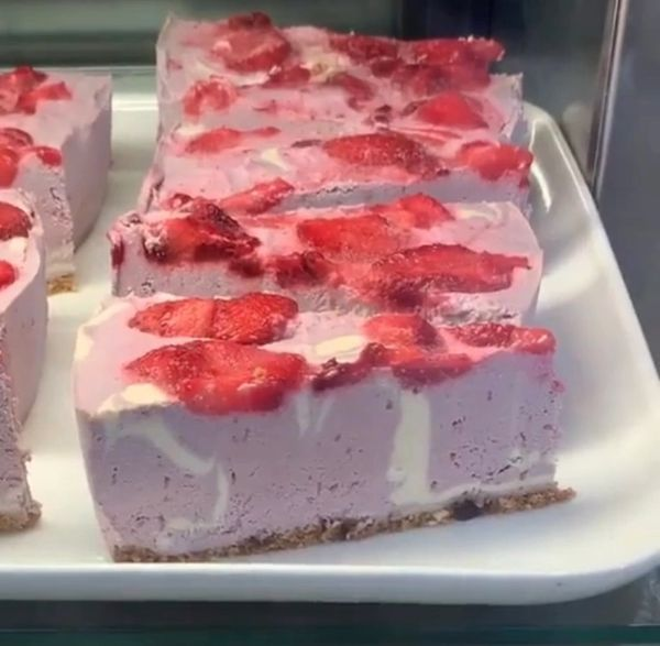 STRAWBERRY MARBLE RAW CAKE - Pick up & local delivery only