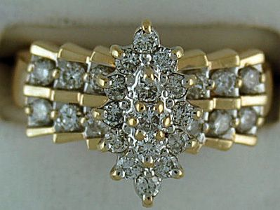 Ladies 3/4ctw Diamond Cluster Ring