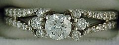 Ladies 1ctw Round Diamond Engagement Ring