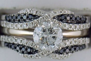 Ladies 1-1/3ctw Black and White Diamond Wedding Set