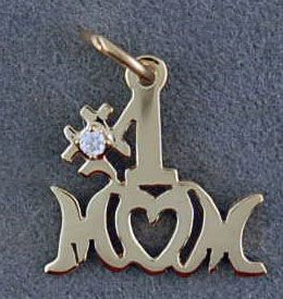 #1 Mom Pendant with a Diamond Chip
