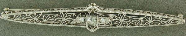 1/3ctw Diamond Filigree Pin