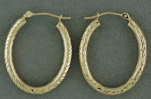 Oval Wheat Pattern Hoop Earrings