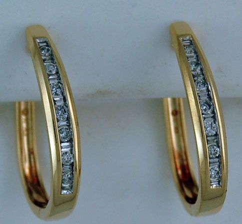 1/2ctw Diamond Hoop Earrings