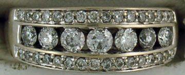 Ladies 9/10ctw Diamond Band