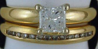 Ladies 1ctw Princess and Round cut Diamond Wedding Set