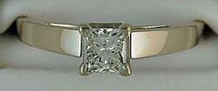 Ladies 1/2ct Princess cut Diamond Solitaire Ring