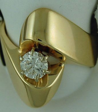 Ladies 5/8ct Diamond Free Form Ring
