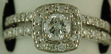 Ladies 1-1/2ctw Diamond Halo Wedding Set