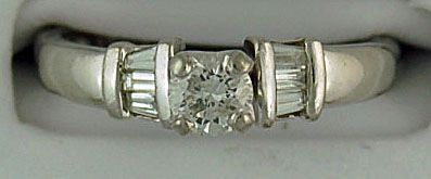 Ladies 5/8ctw Diamond Engagement Ring