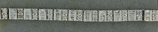 Ladies 5ctw Diamond Tennis Bracelet