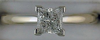 Ladies Princess Cut Diamond Solitaire Ring