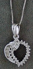 White Gold and Diamond Heart Pendant with Necklace