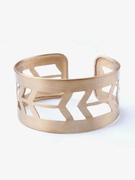 A Redefined Courage Item-Prairie Style Gold Cuff