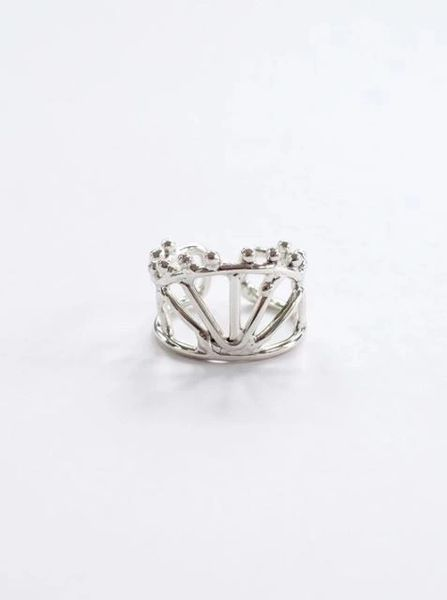A Redefined Courage Item-Petite Crown Ring Silver