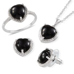 BLACK ONYX (HEART), RING (SIZE 5), STUD EARRINGS AND PENDANT IN PLATINUM OVERLAY STERLING SILVER NICKEL FREE WITH STAINLESS STEEL CHAIN (20 In), TGW 11.00.
