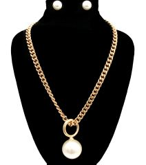 GOLD PEARL CHAIN NECKLACE. 18 INCHES LONG, GOLD PLATING / MATERIAL.