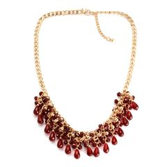 RED GLASS NECKLACE ( 20 In ) IN GOLD TONE.