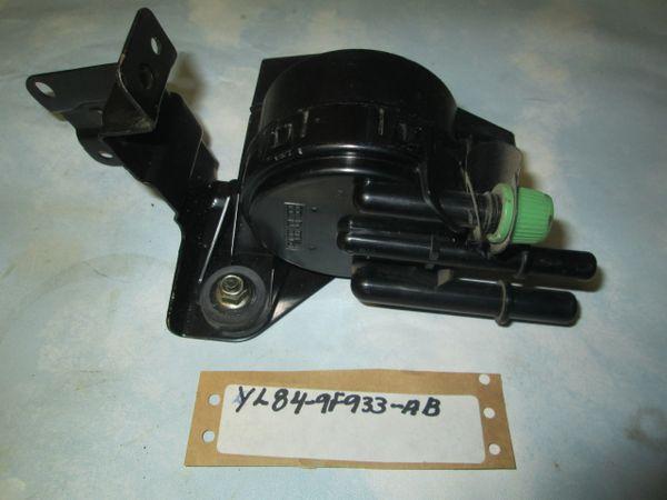YL84-9F933-AB MOTORCRAFT FORD ESCAPE PURGE VALVE NEW