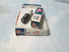 41TS AC SPARK PLUGS NEW