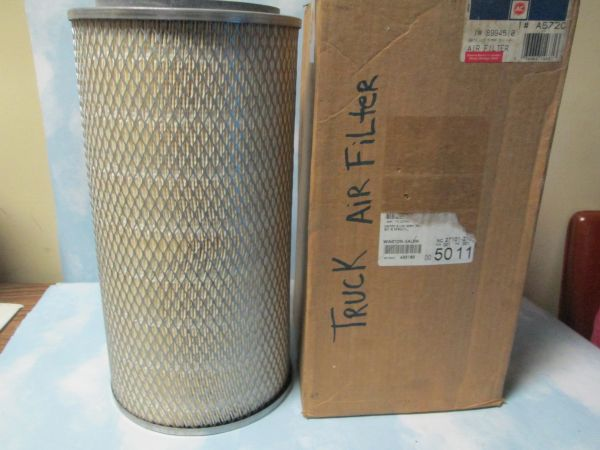 A572 AC DELCO AIR FILTER NEW TRUCK
