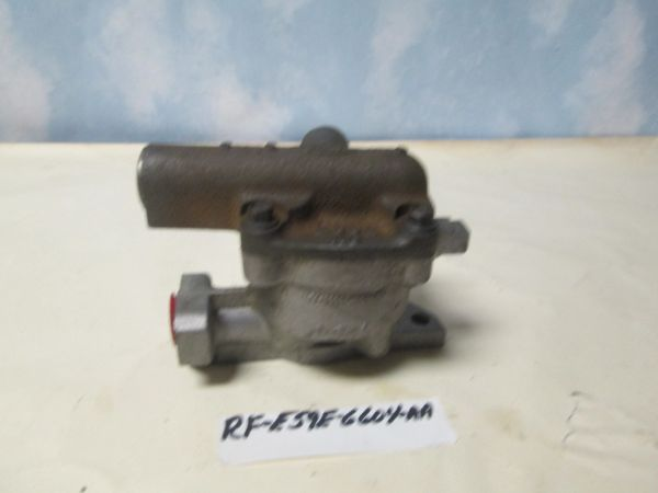RF-E59E-6604 FORD MUSTANG OIL PUMP NEW