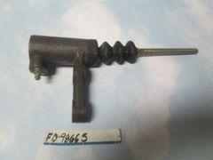 FD-98665-663 /D9HZ-7A508-B CLUTCH SLAVE CYLINDER NEW