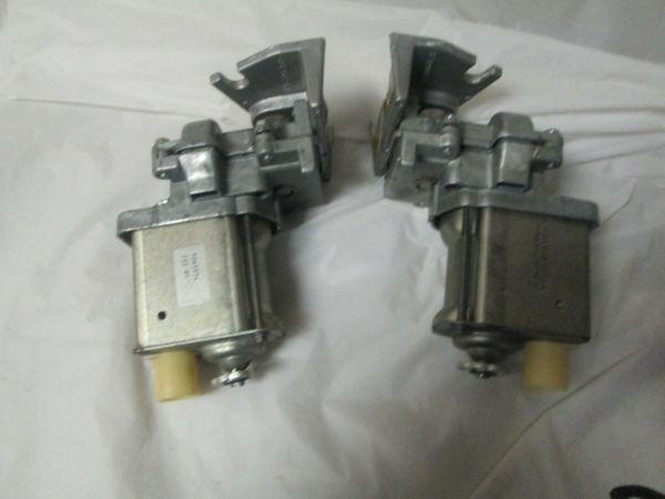 Corvette Headlight Motor Pkg Delco 22048327/22048328 Pair New 1963-1967
