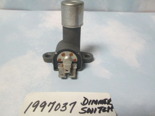 1997037 HEADLIGHT DIMMER SWITCH NOS GM 65-70