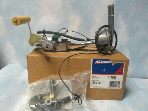EP45 AC DELCO FUEL PUMP ASSEMBLY NOS