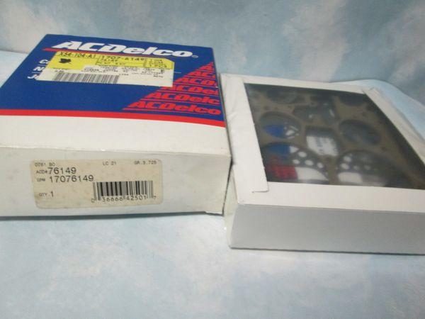 76149 AC DELCO GMC 3500 CHEVY C10 PICKUPS SAFARI CARBURETOR KIT GMC NEW