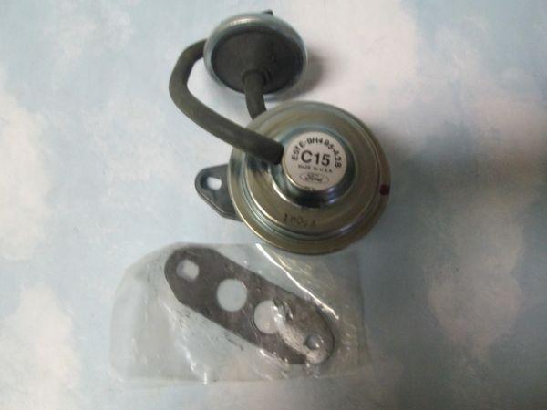 E5TE-9H495-A2B FORD EGR VALVE NEW