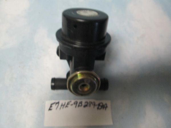 E7HE-9B289-BA FORD F700 F800 DIVERTER TRUCK VALVE NEW