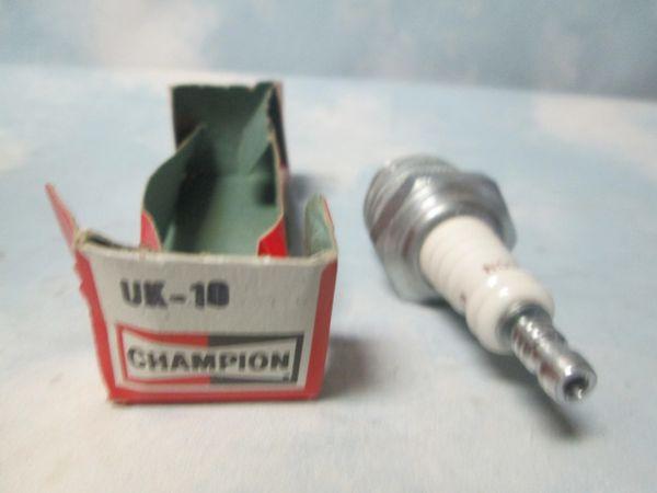 UK-10 CHAMPION SPARK PLUGS (SET OF 6)