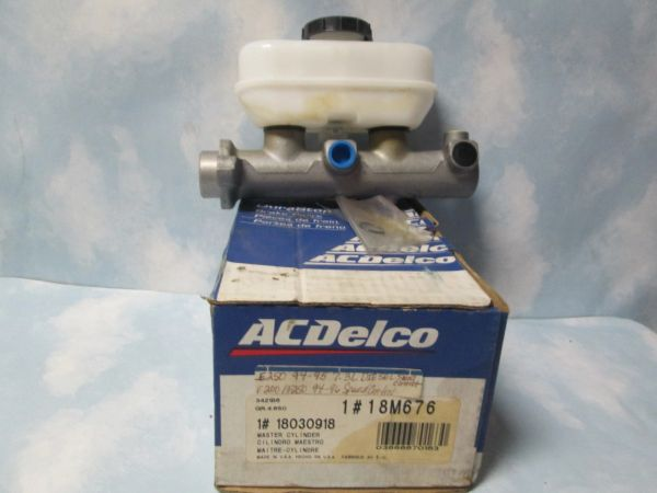 18M676 MASTER CYLINDER OEM NEW SPEED CONTROL DIESEL SELECT CONTROL 94-96 E250 E350 F250 7.5L 7.3L FORD TRUCK AC DELCO GAS & DIESEL