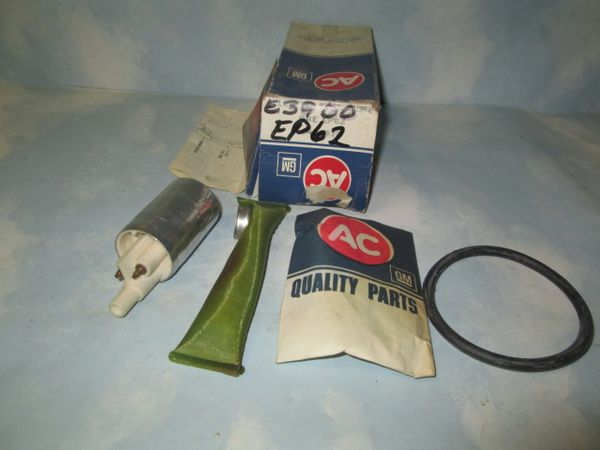 EP62 AC DELCO FUEL PUMP NOS GM