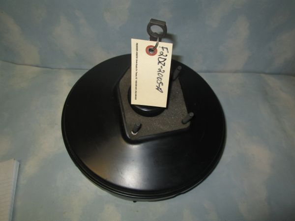 F5TA-2005-CA F0RD F SERIES BRAKE BOOSTER NEW