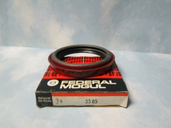 3385 FORD NATIONAL OIL SEAL NEW