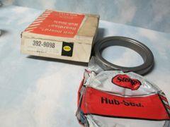 STEMCO 392-9098 GRIT GUARD HUB SEALS NEW