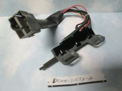 D0AZ-11572-A SW-882 FORD LINCOLN MERCURY MUSTANG IGNITION SWITCH NOS