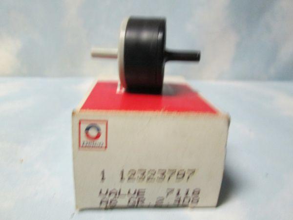 12323797 AC DELCO FORD LINCOLN MERCURY VACUUM VALVE NOS