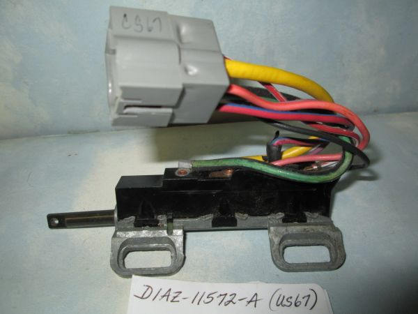 D1AZ-11572-A (US67) FORD IGNITION SWITCH NOS Ford Falcon Fairlane Torino Thunderbird Mercury Montego