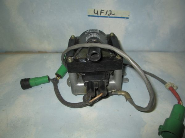 UF-12 STANDARD IGNITION TOYOTA COIL NEW 81-80 Toyota Pickup 2.4L-4]\