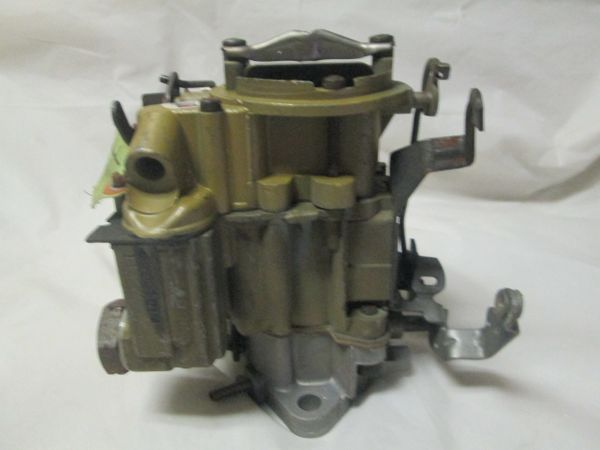 7041014 ARROW CHEVY CARBURETOR REMAN NOS