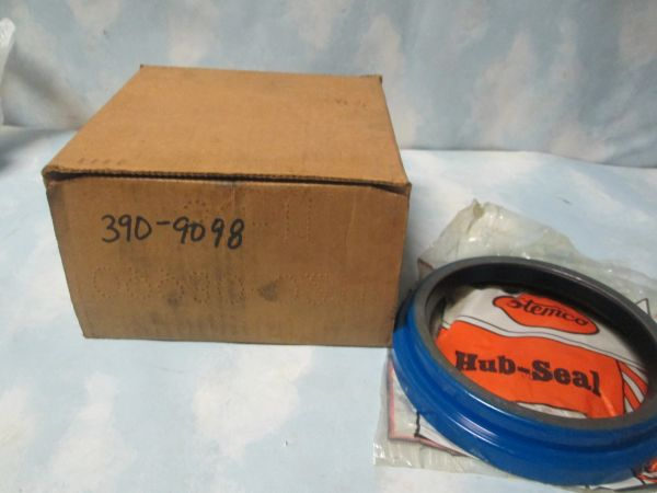 390-9098 STEMCO HEAVY TRUCK HUB SEAL NEW