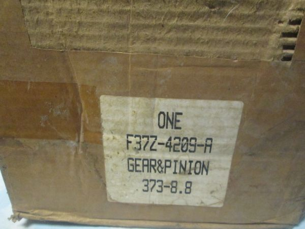 F37Z-4209-A FORD EXPEDITION REAR PINION GEAR NEW