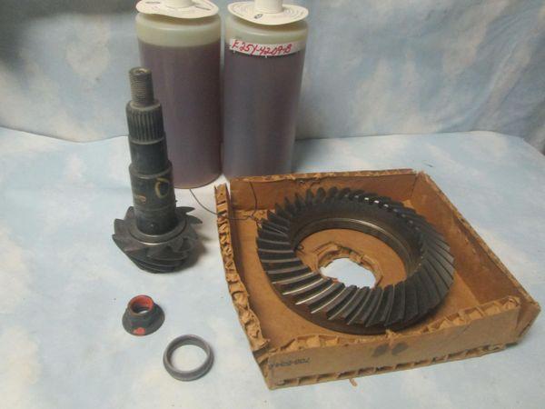 E25Y-4209-B FORD GEAR & PINION 345-7.5 RATIO RING 10 BOLT NEW W GEAR OIL OEM