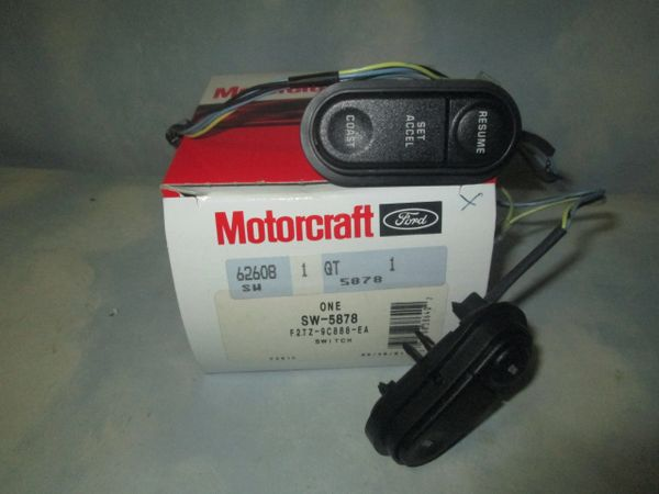SW-5878 MOTORCRAFT BRONCO F150 F250 F350 (F2TZ-9C888-EA) CRUISE CONTROL SWITCH NEW