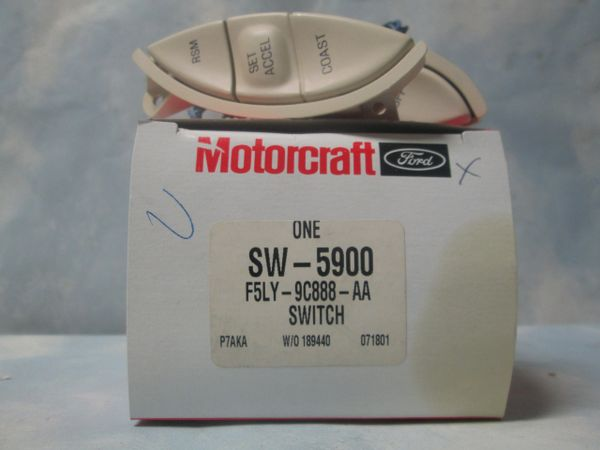 SW-5900 (F5LC-9D780-AA) CRUISE CONTROL SWITCH (NEW)